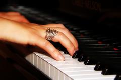 Julia-Mocioc-concert-pianist3