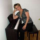 Julia-Mocioc-piano-teacher-1